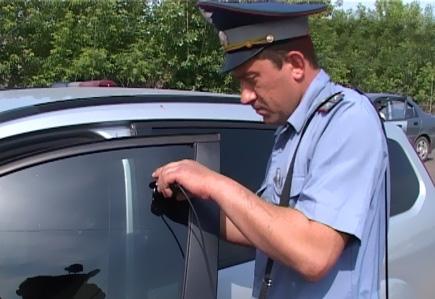 GIBDD-rastoniruem-slujebnye-avtomobili