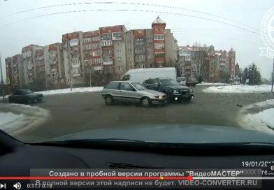 Авария на Герцена-Островского в Калининграде.
