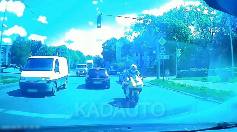 Мотоциклист в Черняховске.